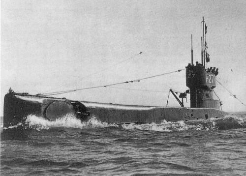 брюс паркинсон подводная лодка