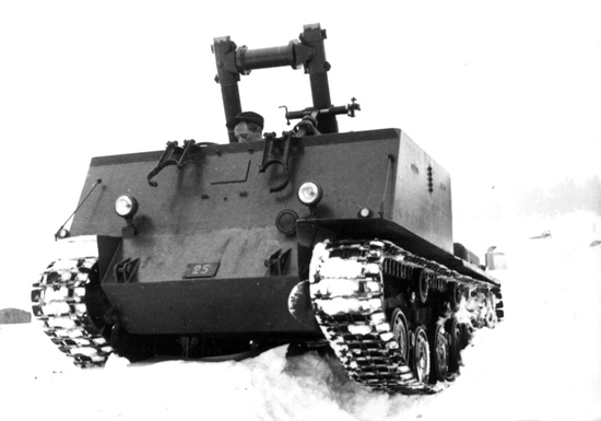 Mortar_carrier_version_of_the_Tk_fm49_with_dual_12cm_mortars.jpg