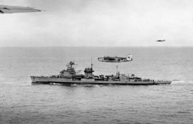 File:Cruiser Nuernberg underway May 1945.jpg