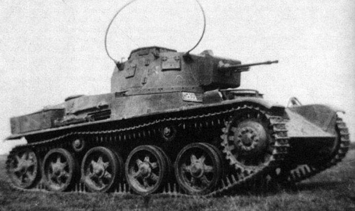 Hungarian_Toldi_Tank.jpg