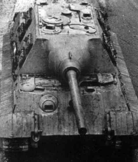 Datei:Jagdtiger frontal view.jpg