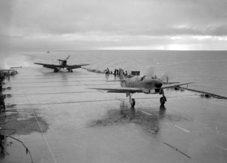 Файл:Fairey Firefly taking off from HMS Illustrious (IWM A 14671).jpg