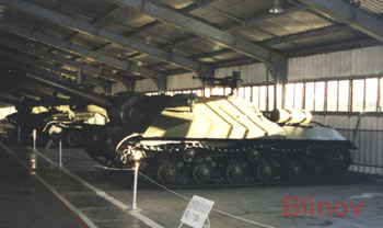 File:Object 704 is ISU-152.jpg
