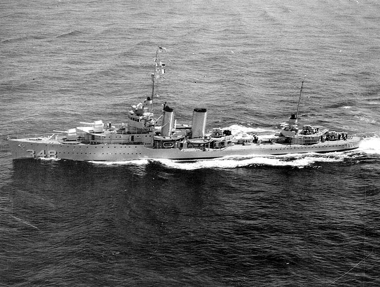 File:USS Farragut (DD-348) underway at sea on 14 September 1936.jpeg
