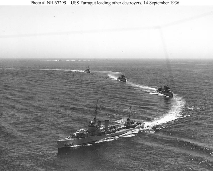 File:Farragut launch 1936.jpg