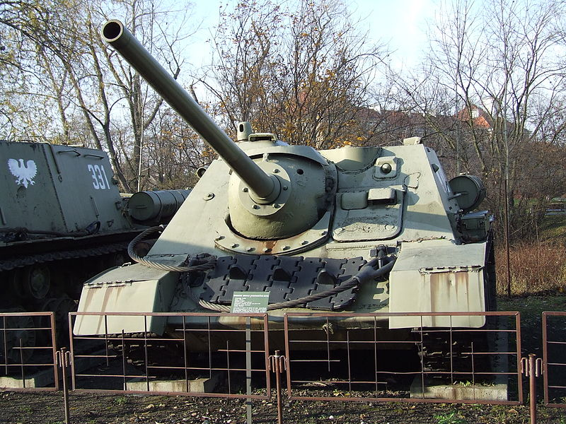 Файл:SU-85 in Poland 1.jpg