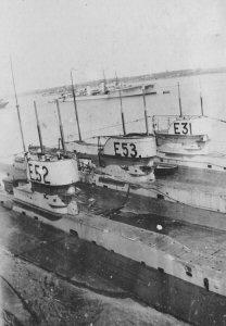 HMS_E52_E53_E31.jpg