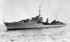 HMS_Mashona_(F59).jpg