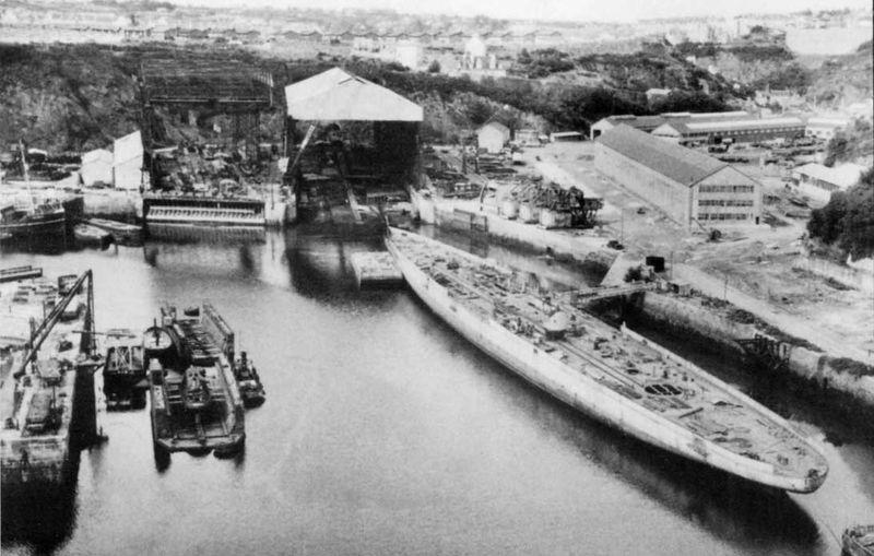Файл:De-Grasse hull at Brest.jpg