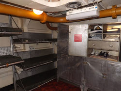 HMAS_Vampire_internal_2.jpg