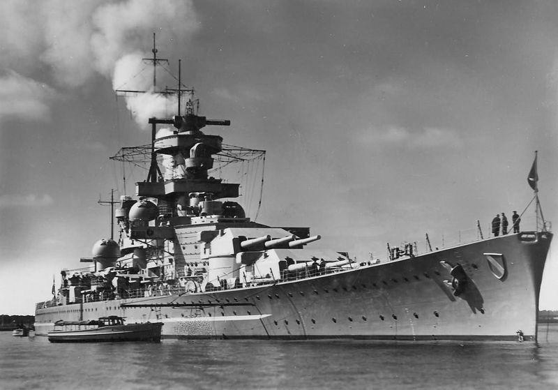 Файл:Scharnhorst вид с носа, 1939.jpg