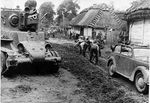 BT-7 A-fast-tank-ukraine-1941-01.jpg