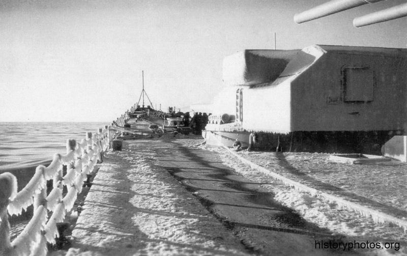 Файл:Scharnhorst 1940 ледяные леера.png