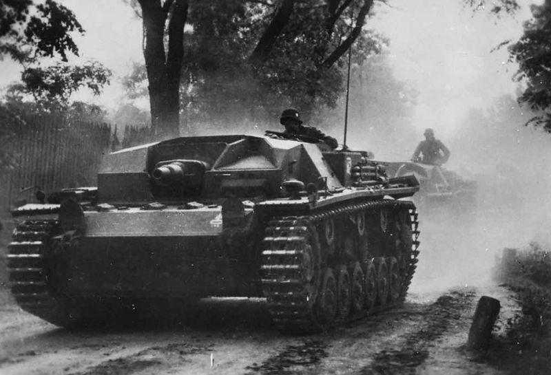 Файл:StuG III Ausf. B foto 1.jpg
