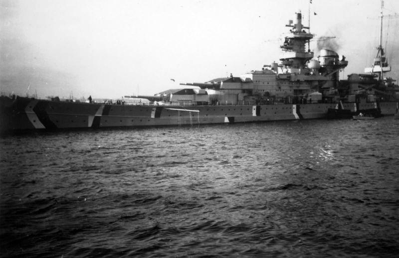 Файл:Scharnhorst в камуфляже.jpg