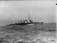HMS_Arethusa_(1913).jpg