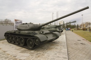 The_original_T-54-1_on_display_at_Verkhnyaya_Pyshma.jpg