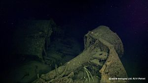 IJN_Hiei_This_is_in_the_debris_field_about_500_meters_away_from_the_ship._It_looks_like_the_possible_base_for_one_of_the_rangefinders.jpg