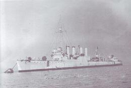 HMS_Mansfield_(ex-USS_Evans,_DD-78)_tied-up_to_buoy_May-June_1941.jpg
