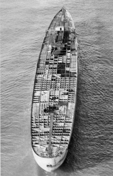 Файл:De-Grasse hull at Brest 1.jpg