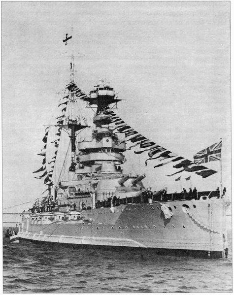 475px-HMS_Queen_Elizabeth_in_Alexandria.