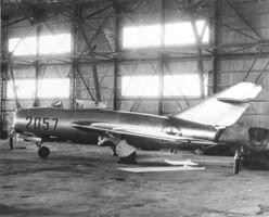 Mikoyan-Gurevich_MiG-15bis_(3).jpg