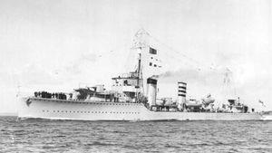 HMS_Codrington_(D65)_2.jpg