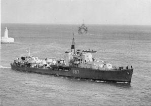 HMS_Lance.jpg