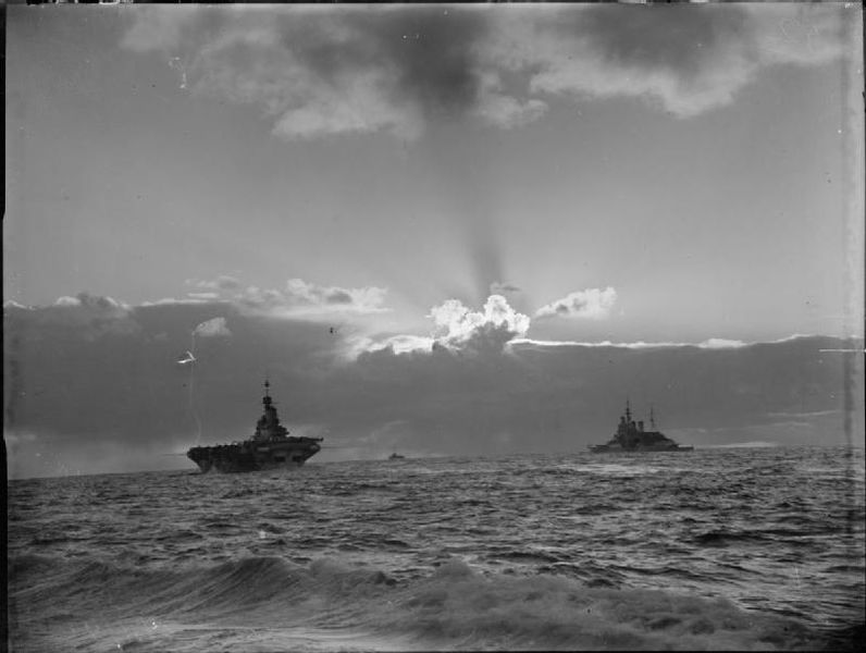 Файл:HMS FORMIDABLE sailing with HMS RENOWN.jpg