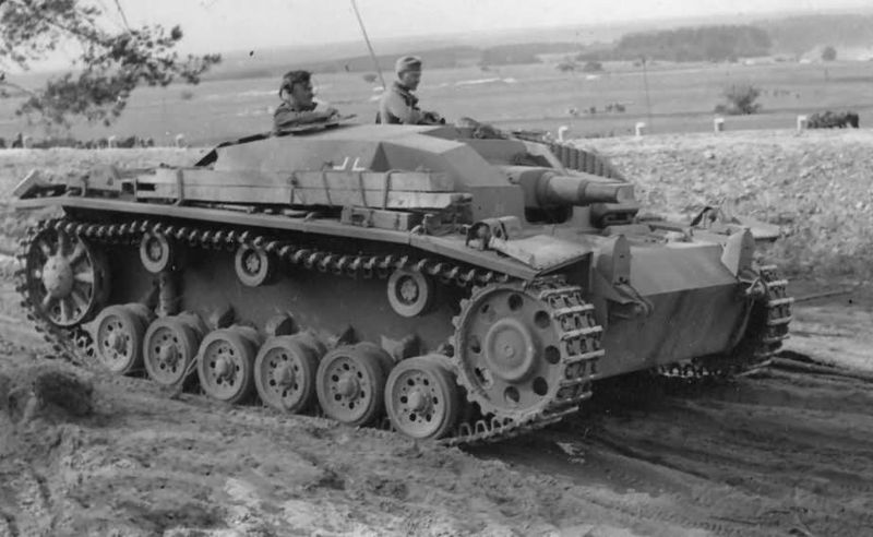Файл:StuG III Ausf. B foto 3.jpg