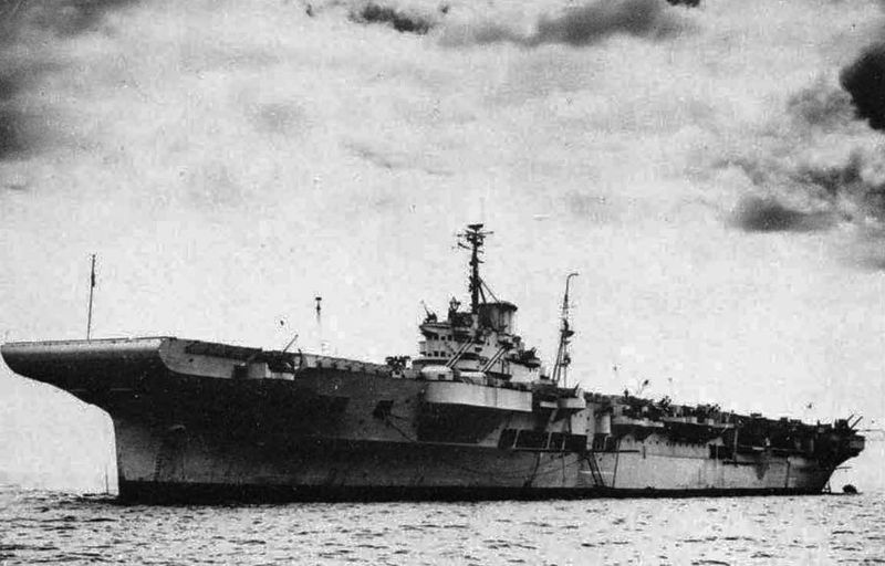 Файл:HMS Illustrious after refit.jpg