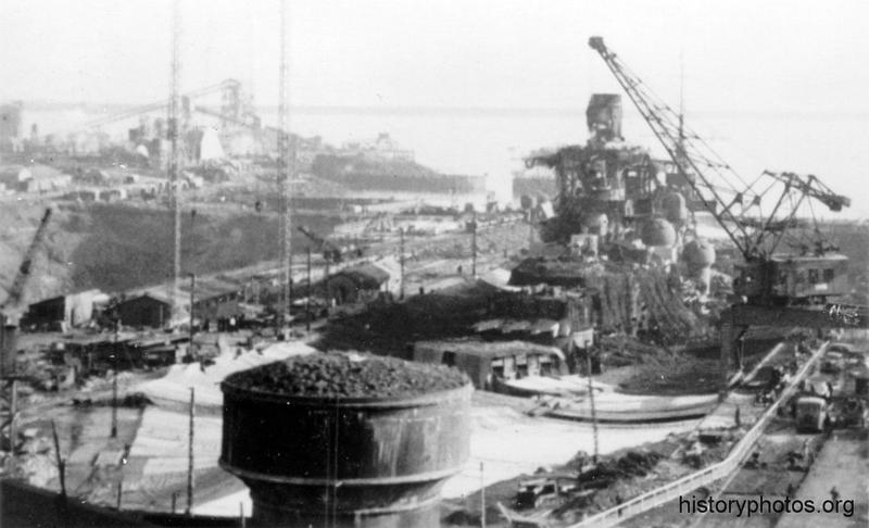 Файл:Scharnhorst 1941 маскировка и ремонт.png