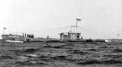HMS_Aurochs_(P426).jpg