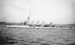 HMS_Aurora_(1913).jpg