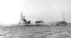 HMS_Rover_(N62).jpg