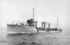 USS_Lamson_-28DD-18-29.jpg