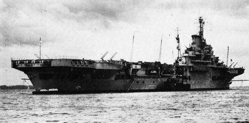 Файл:HMS Illustrious after refit in 1945-46.jpg