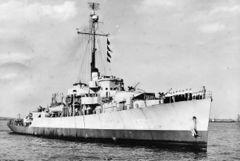 HMS_Cayman_(K_506).jpg