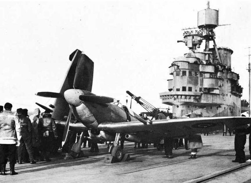 Файл:HMS Illustrious Febr 1943-England.jpg