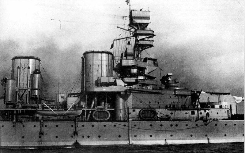 Файл:Надстройка HMS Renown после модернизации 1926 года.jpg
