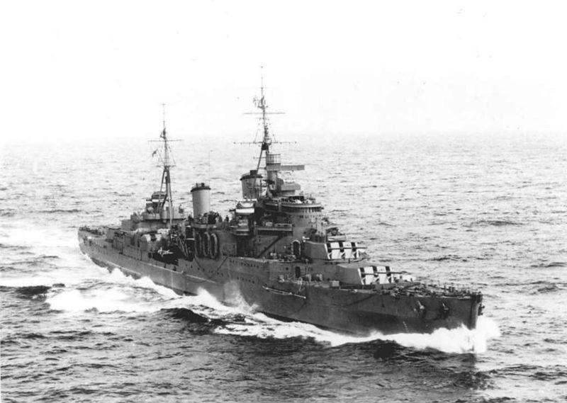 Файл:HMS Manchester (C15) 1942.jpg