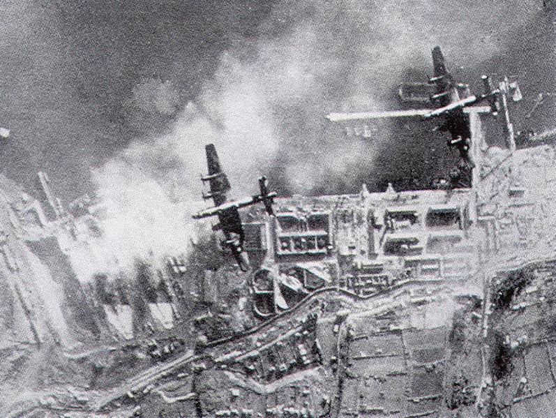 Файл:Scharnhorst и Gneisenau в Бресте, 1941.jpg