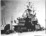 USS_Essex_(CV-9)_-_изменения_после_ремонта_-_15_апреля_1944_(2).jpeg