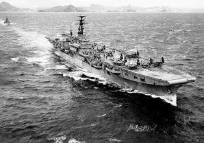 HMS_Ocean_(R68).jpg