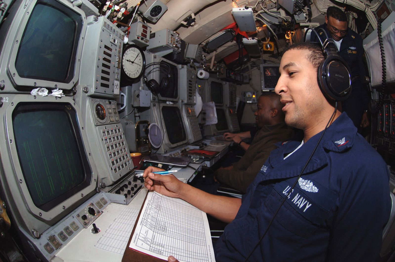обнаружение атомной подводной лодки