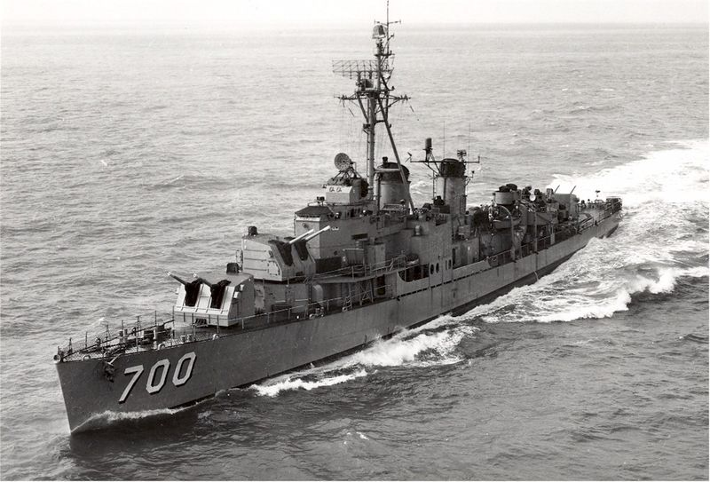 File:Haynsworth underway 05OCT1956.jpg