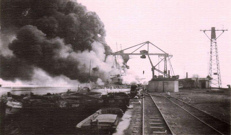 Файл:Пожар на кр Алжир в тулоне.jpg