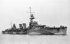 HMS_Dauntless.jpg