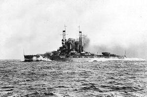 Ship_Wyoming_circa_1912-13.jpg
