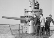 180px-HMSM_Sunfish_3_inch_gun.jpg